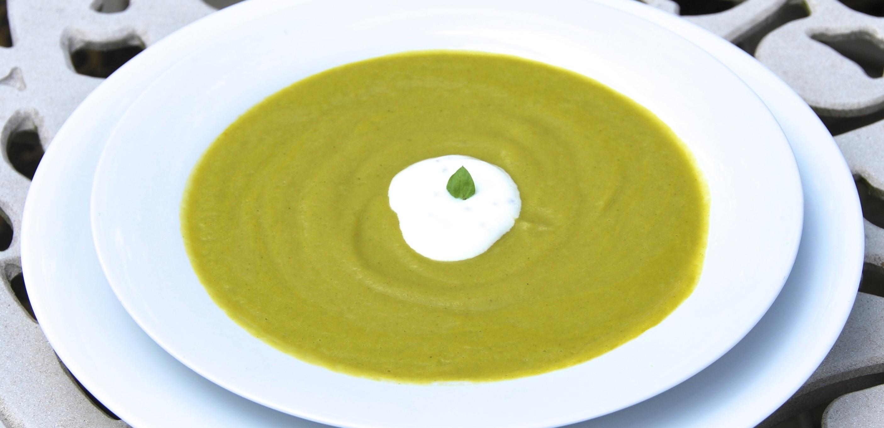 Summer Zucchini & Basil Soup